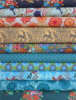 Anna Maria Horner, Dowry, Blue Trinkets in FAT QUARTERS 10 Total