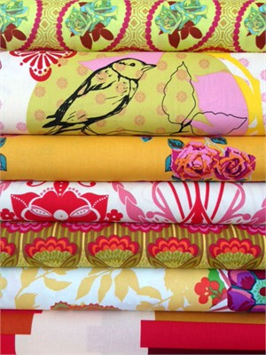 Anna Maria Horner, Hand Drawn Garden, Sunlight in FAT QUARTERS 7 Total