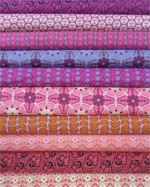 Anna Maria Horner, True Colors, True Groove in FAT QUARTERS 10 Total