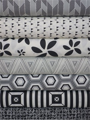 Art Gallery Fabrics, Minimalista, Noir in FAT QUARTERS 7 Total