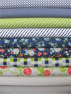 Bonnie & Camille, Happy Go Lucky, Navy in FAT QUARTERS 8 Total