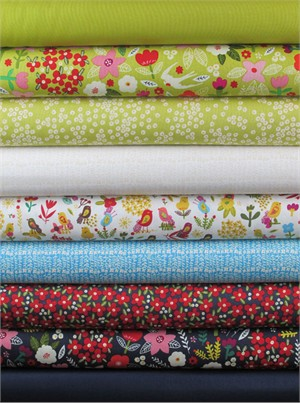 Carolyn Gavin, Petite Fleur, Citron/Navy in FAT QUARTERS 9 Total