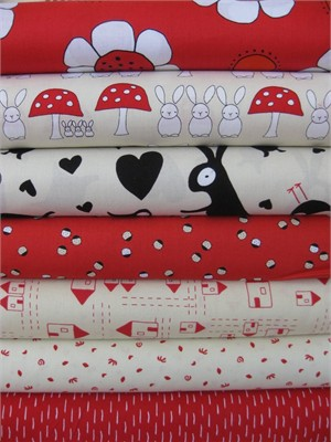 Creative Thursday, The Red Thread, Cream/Strawberry in FAT QUARTERS 6 Total