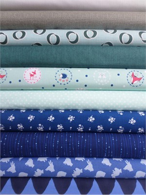 Fabricworm Custom Bundle, Tangled Up in Blue in FAT QUARTERS 10 Total
