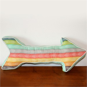 Free Pattern   Arrow Pillow   by Swoodson Says