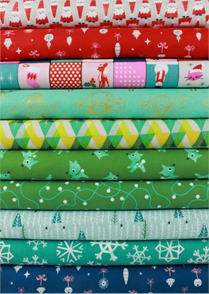 Cotton and Steel, Garland, Mistletoe in FAT QUARTERS 8 Total