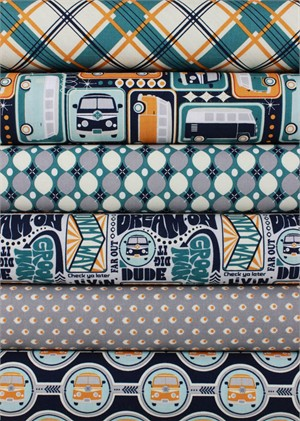 Sugar Sisters Design for Riley Blake, Keep On Groovin�, Navy in FAT QUARTERS 6 Total (Pre-cut)