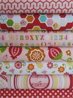 Lori Whitlock, Simply Sweet, Red in Fat Quarters, 7 Total