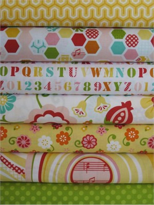 Lori Whitlock, Simply Sweet, Yellow in Fat Quarters, 7 Total
