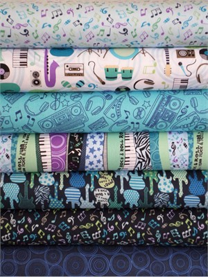 Makower UK, Music, Blue in FAT QUARTERS 7 Total