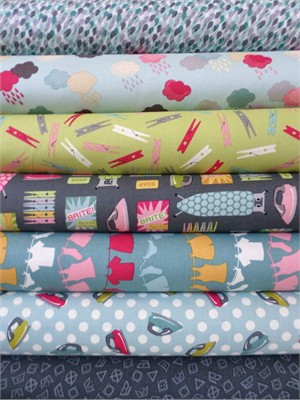 Makower UK, Wash Day, Blue/Gray in FAT QUARTERS 7 Total