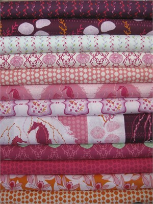 Mo Beddell, Full Moon Lagoon, Fuchsia in FAT QUARTERS 12 Total (Pre-cut)