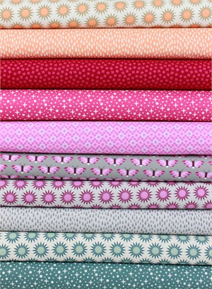Elizabeth Hartman for Robert Kaufman, Pacific, Bouquet in FAT QUARTERS 10 Total