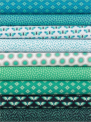 Elizabeth Hartman for Robert Kaufman, Pacific, Ocean in FAT QUARTERS 9 Total
