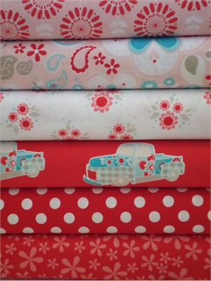 The Quilted Fish, Twice as Nice, Red in FAT QUARTERS 6 Total