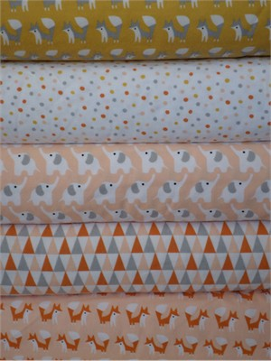 Rae Hoekstra, Fanfare FLANNEL, Pink in FAT QUARTERS 5 Total