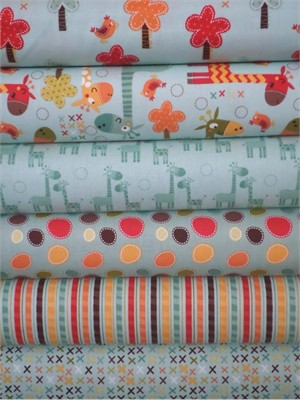 Riley Blake, Giraffe Crossing, Teal in FAT QUARTERS 6 Total