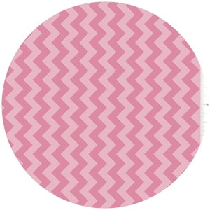 Riley Blake, Small Chevron, Tone on Tone Hot Pink