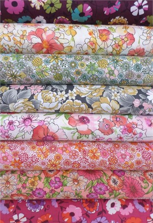 Robert Kaufman, London Calling 4, COTTON LAWN, Pippa in FAT QUARTERS 8 Total