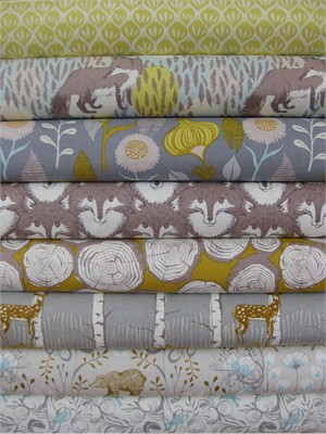 Sarah Watts, Timber & Leaf, Taupe in FAT QUARTERS 8 Total