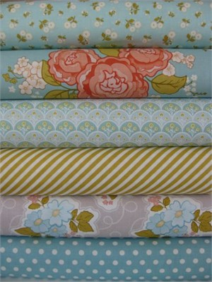 Stitch Studios, Marguerite Blue in FAT QUARTERS 5 Total