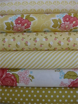 Stitch Studios, Marguerite Yellow in FAT QUARTERS 6 Total