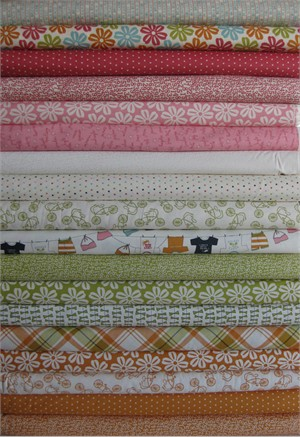 Sweetwater, Lucy's Crab Shack, Multi in FAT QUARTERS, 17 Total