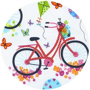 Timeless Treasures, Day In The Park, Bicycles White