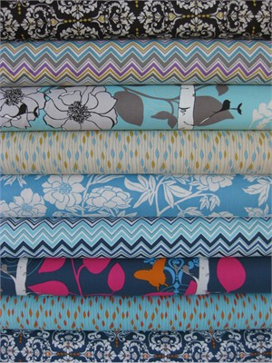 Valori Wells, Novella, Indigo in FAT QUARTERS 9 Total