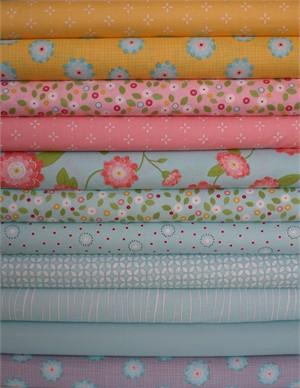 Windham Fabrics, Wallflowers, Aqua in FAT QUARTERS 11 Total (PRE-CUT)