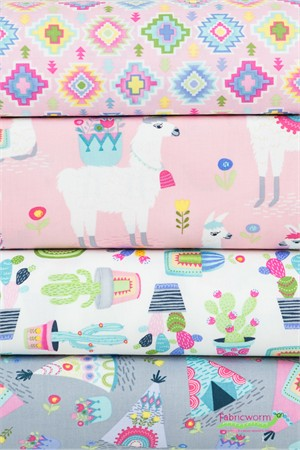 Timeless Treasures, Alpaca Outing in FAT QUARTERS 4 Total