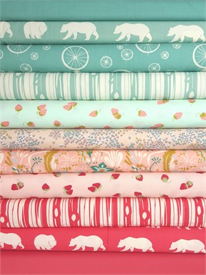 Fabricworm Custom Bundle, Strawberry Fields in FAT QUARTERS 11 Total