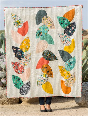 Free Pattern | Hidden Garden Quilt | By Suzy Williams