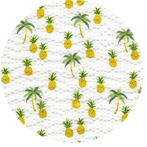 Sevenberry for Robert Kaufman, PLISSE, Pineapples White