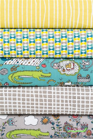 Fabricworm Custom Bundle, ORGANIC, Picnic Lurking FAT QUARTERS 5 Total