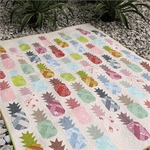 Elizabeth Hartman, Sewing Pattern, Pineapple Farm Quilt and Pillow