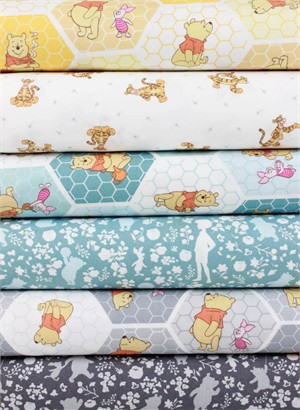 Camelot Fabrics, Winnie the Pooh in FAT QUARTERS 6 Total